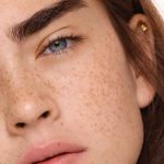 SUN-KISSED: 5 REASONS TO LOVE YOUR FRECKLES
