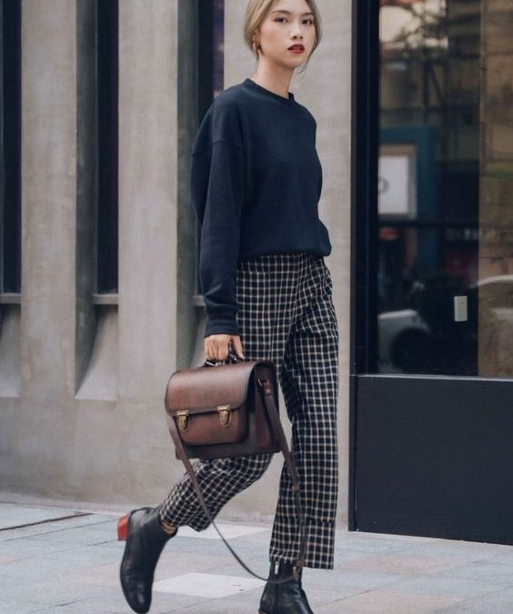 Basic Handbag Trends all Women should have before turning 25