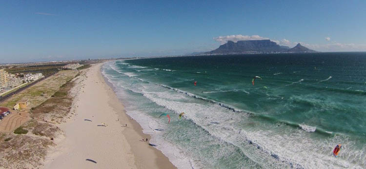 Ultimate Guide to Kitesurfing Cape Town – A Local's Guidebook