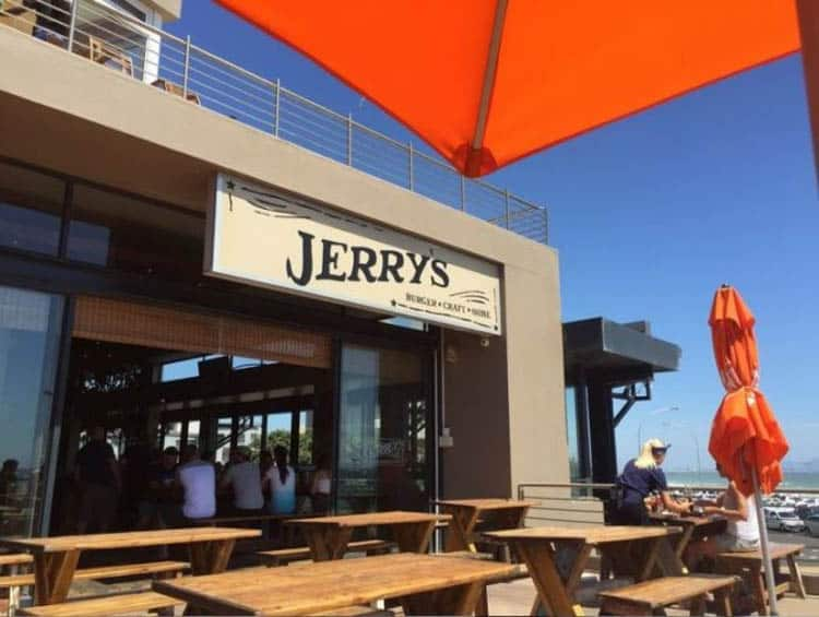cape town places to eat | jerry's burger bar