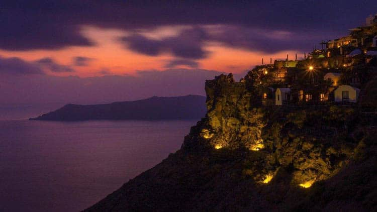 things to do in santorini | best place for sunset from castle of Oia