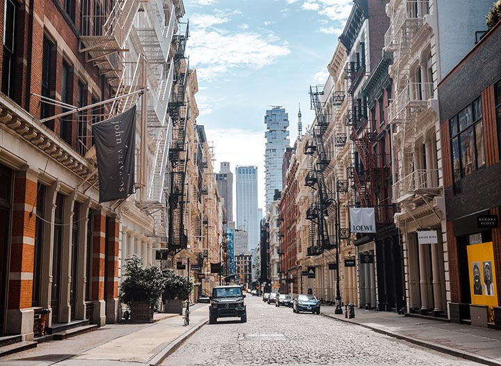 A Local's Guide to New York City • The Blonde Abroad