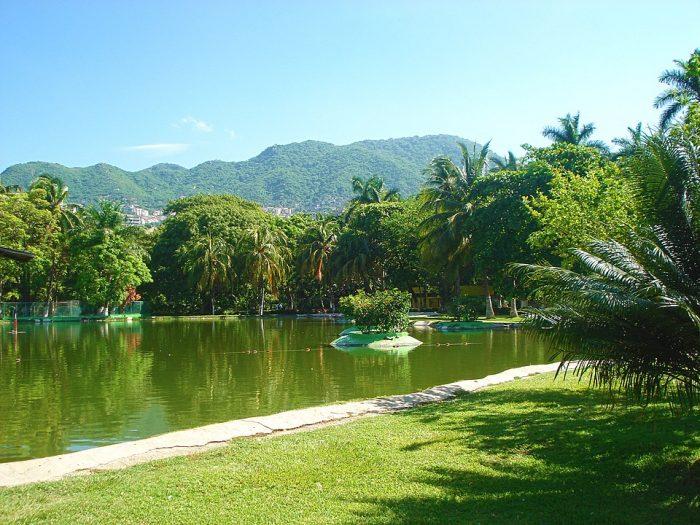 Papagayo Park by Mitrush via Wikipedia CC